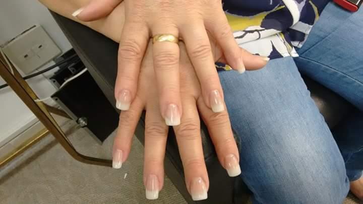 micropigmentador(a) manicure e pedicure depilador(a) designer de sobrancelhas auxiliar cabeleireiro(a) estudante (cabeleireiro)