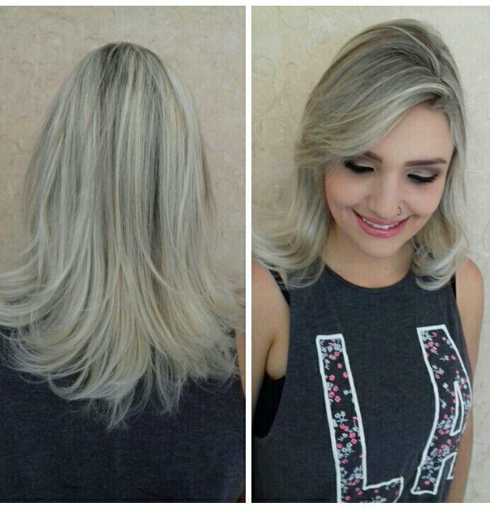 Luzes na linda Dri Demori cabelo cabeleireiro(a)