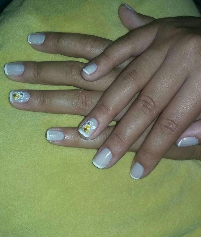 Cliente : Alice 👧 #Clássica  #Francesinha #Flor #Rendinha..  💅💅 unha manicure e pedicure depilador(a)