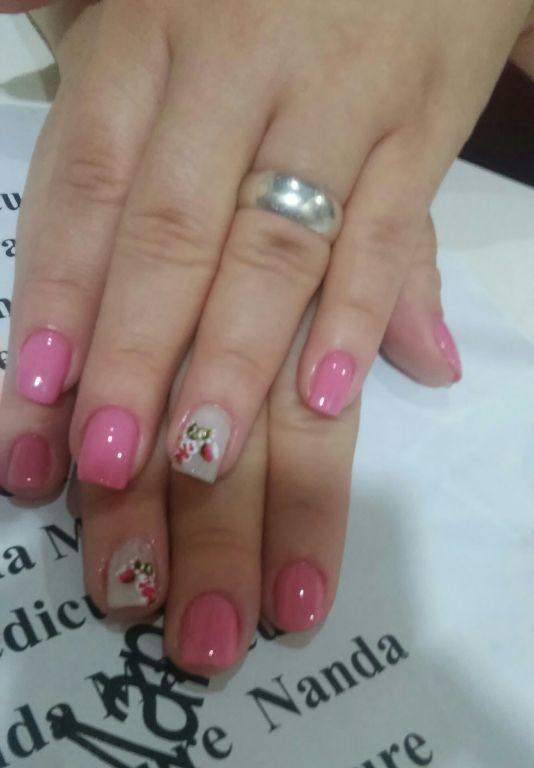 Lindo unha manicure e pedicure