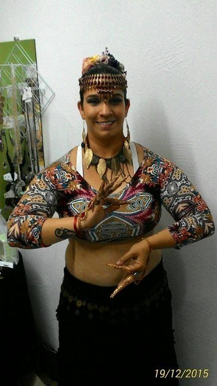 Apresentação de Tribal Fusion no II Encontro Mystical Ladies - Dezembro/2015 - no Cissa Maya Espaço de Arte e Cultura terapeuta docente / professor(a) massoterapeuta massagista aromaterapeuta estudante (maquiador) assistente maquiador(a)