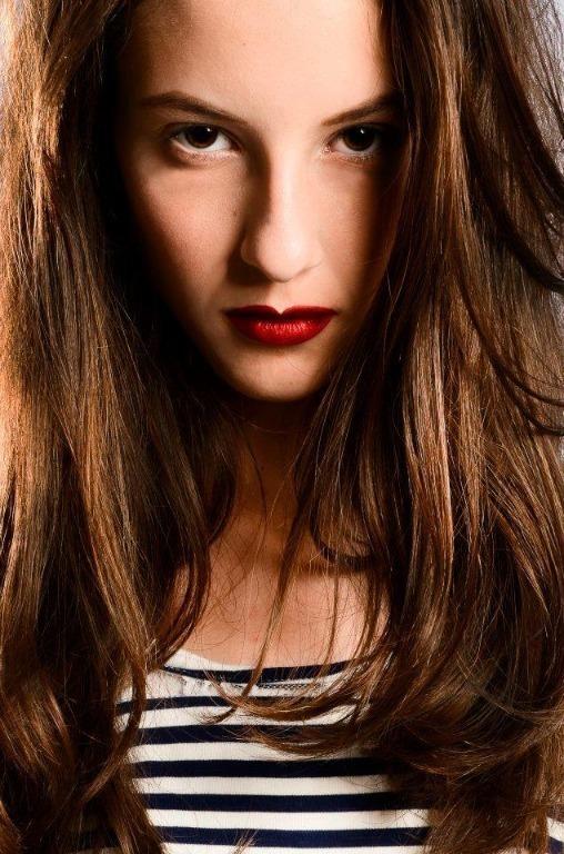 Maquiagem para ensaio fotográfico #maquiagem #maquiadora  #maquilage m#maquiadoraprofissional #makeup #make #foto #fotografia #photo #fotografo #color #beauty #editorial #ensaiofotografico cabeleireiro(a) maquiador(a) escovista designer de sobrancelhas depilador(a)