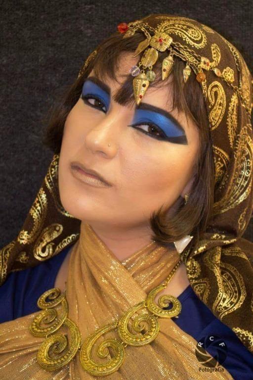 Maquiagem Cênica / Artística – Cleópatra  #maquiagem #maquiadora  #maquilagem #maquiadoraprofissional #makeup #make #foto #fotografia #photo #fotografo #color #beauty #maquiagemcênica #maquiagemartística #cênica #arte #penteado #cabelo #maquiagemteatro #teatro #maquiagempalco #maquiagemapresentação  #maquiagemacaveira #maquiagemdeépoca #maquiagemépica  #fantasia #festafantasia #festaafantasia #fiesta #maquiagemfantasia  #maquillaje #fazendoaegipcia #egito #egipcia #eu #me #make #caracterizacion #mylife #life #look #foto #fotografia #photo #caracterização #morena #gold #golden #ouro #dourado #maquiagemcleopatra  #makeup #cleopatra #maquiagemdecaracterização cabeleireiro(a) maquiador(a) escovista designer de sobrancelhas depilador(a)
