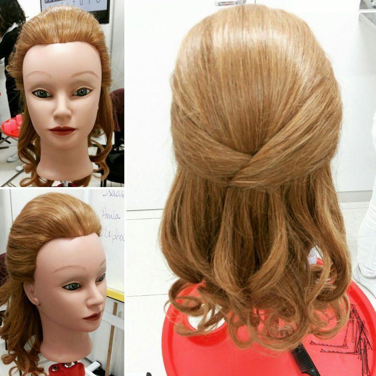 Aula de penteado cabelo estudante (cabeleireiro) estudante (maquiador)