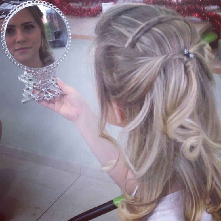 👑 #penteado #princesa #delicada  cabeleireiro(a)