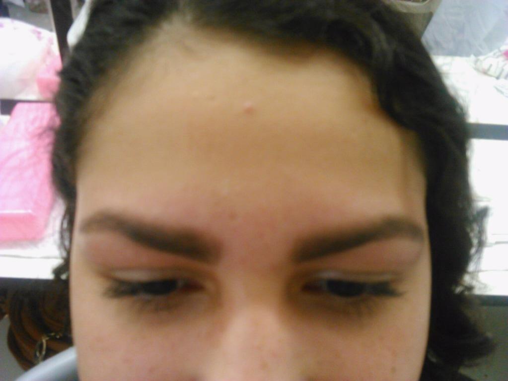 depilador(a) esteticista designer de sobrancelhas massoterapeuta maquiador(a) escovista