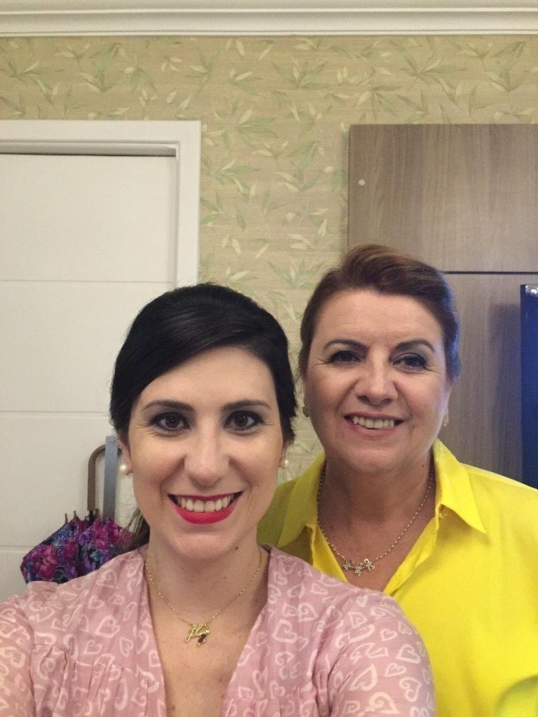 maquiador(a) designer de sobrancelhas outros micropigmentador(a)