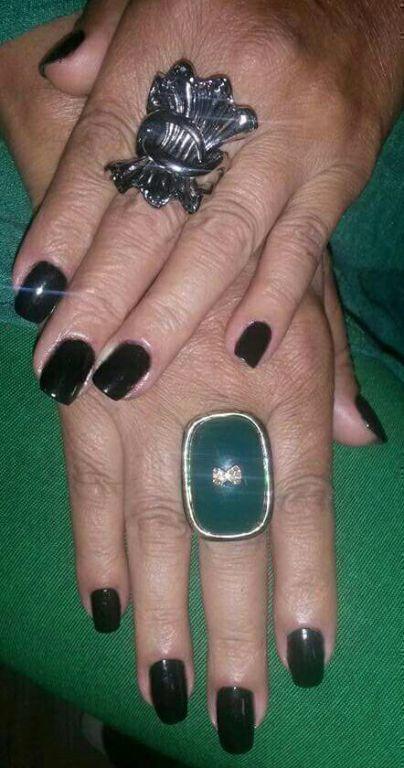 unha manicure e pedicure designer de sobrancelhas vendedor(a)
