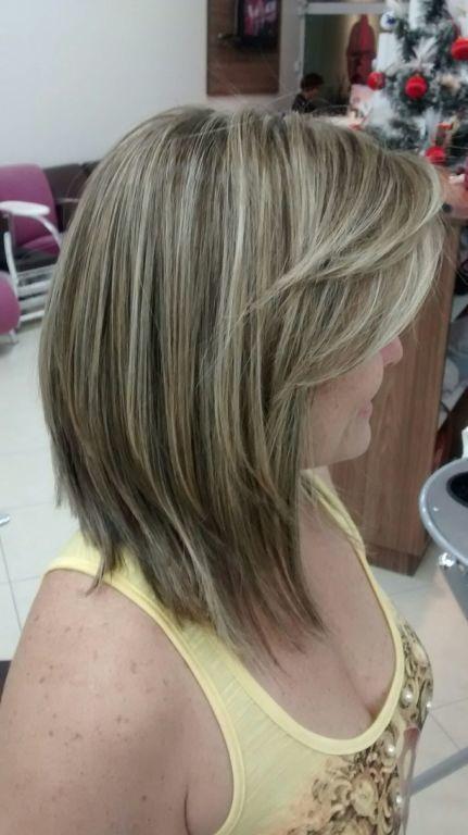 Corte e luzes outros cabeleireiro(a) maquiador(a) auxiliar cabeleireiro(a) recepcionista