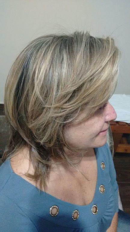 Luzes e progressiva cabeleireiro(a) maquiador(a) auxiliar cabeleireiro(a) recepcionista
