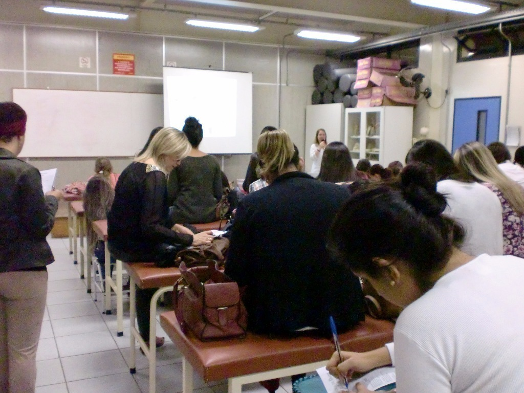biomédico(a) esteticista docente / professor(a)