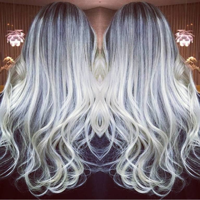 Porque não pode perde o costume, Babyblond perfeito ! 💇👏😊👌😍👱 #micromechas #ombrehair #loirodossonhos #loiroperola #cabelodegrife #cabelodossonhos #tendencia #colorista 30 visualiza cabeleireiro(a)