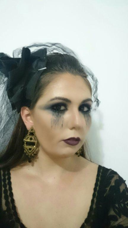 Make artística, Halloween maquiador(a) micropigmentador(a) representante comercial docente / professor(a) consultor(a) auxiliar cabeleireiro(a)