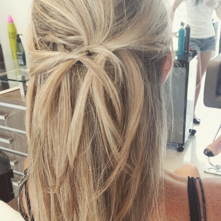 Penteado#moderno #chique#isabelcabelo  cabeleireiro(a)