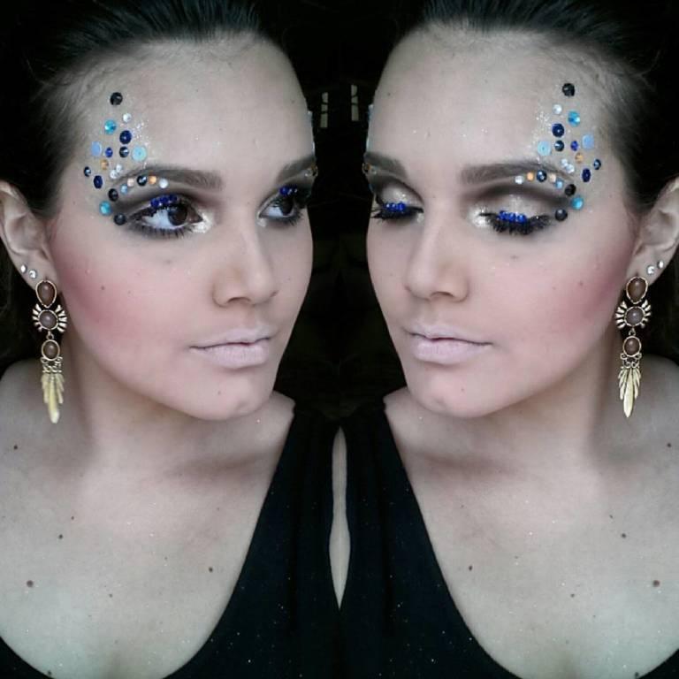 Maquiagem Carnaval 2016 maquiador(a) designer de sobrancelhas