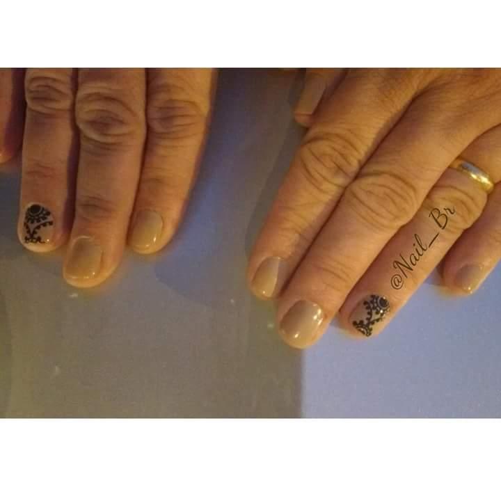 manicure e pedicure designer de sobrancelhas depilador(a) outros manicure e pedicure