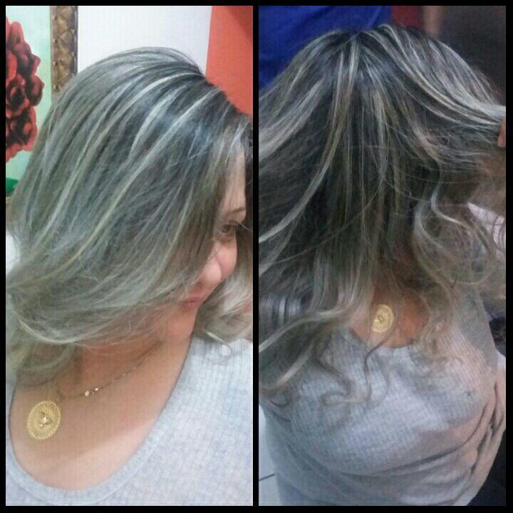 Mechas - Acinzentado cabelo auxiliar cabeleireiro(a) cabeleireiro(a)