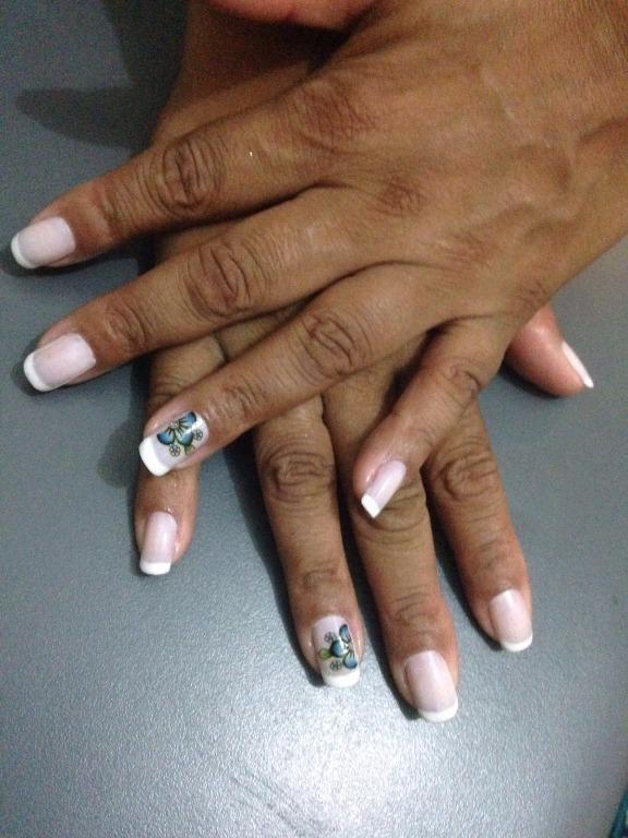 maquiador(a) manicure e pedicure designer de sobrancelhas