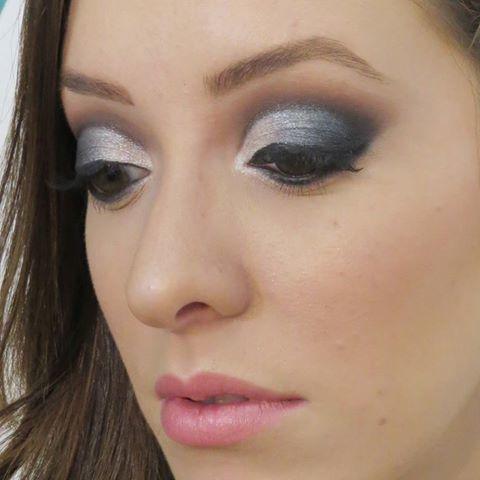 #maquiagem #makeup #thaisbarros maquiador(a) designer de sobrancelhas