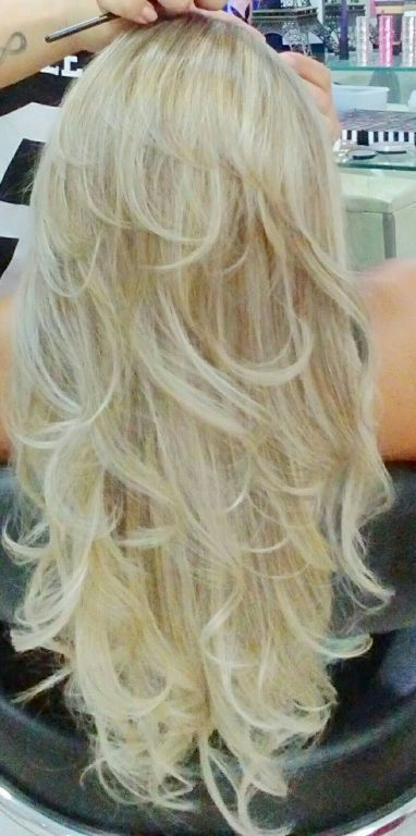 Super loiro.  Fiz um ombre Hair e dois tons de reflexos cabelo cabeleireiro(a) stylist /visagista