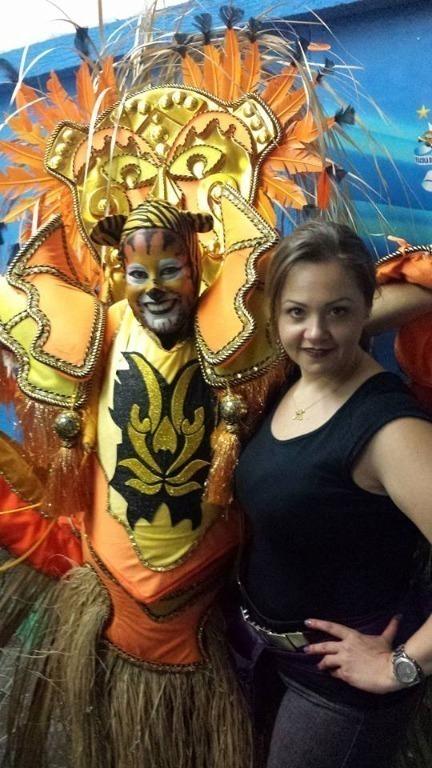 Umas das 70 passistas maquiadas para o desfile da Escola de Samba Império de Casa Verde, campeã em São Paulo em 2016. #escoladesamba #imperiodecasaverde #carnaval2016 #campea2016 #maquiagem #tigre maquiador(a) cabeleireiro(a) consultor(a) em imagem