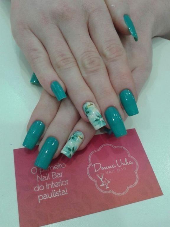 empresário(a) manicure e pedicure