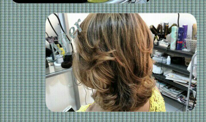 cabelo maquiador(a) cabeleireiro(a) cabeleireiro(a) maquiador(a) maquiador(a) maquiador(a)