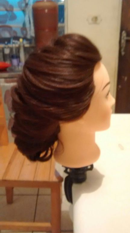 cabelo cabeleireiro(a) auxiliar cabeleireiro(a) auxiliar cabeleireiro(a) auxiliar cabeleireiro(a)