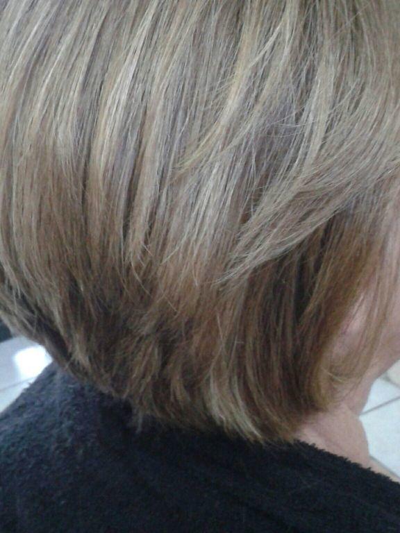 cabelo auxiliar cabeleireiro(a) designer de sobrancelhas cabeleireiro(a)