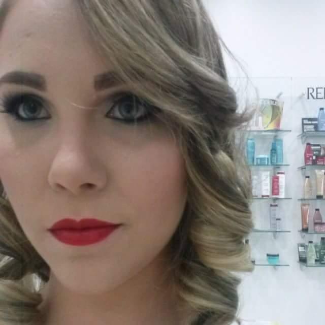 #peleperfeita esteticista manicure e pedicure designer de sobrancelhas