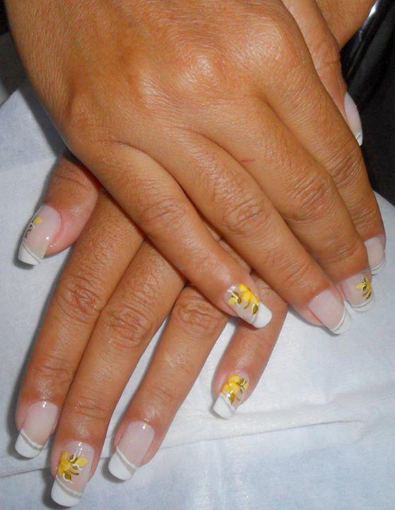 unhas  cabeleireiro(a) designer de sobrancelhas consultor(a) manicure e pedicure revendedor(a) outros
