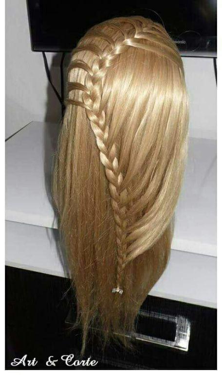 Trança cabelo estudante (cabeleireiro)