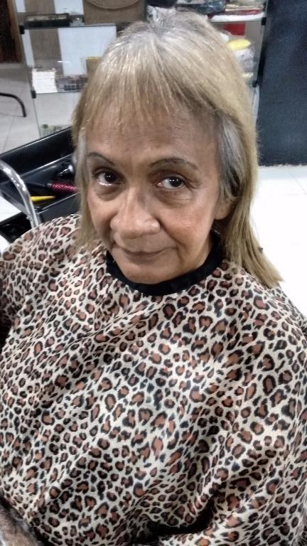 Antes do corte e correção da cor! empresário(a) / dono de negócio cabeleireiro(a) designer de sobrancelhas maquiador(a) micropigmentador(a) visagista