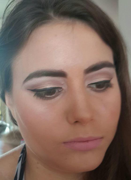 """Make """"nude""""... beirando o natural.. pedido da cliente... Ameeiii maquiagem maquiador(a) consultor(a)"""