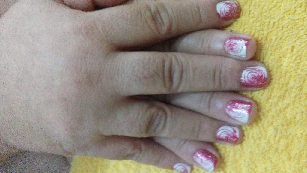 manicure e pedicure designer de sobrancelhas recepcionista depilador(a)