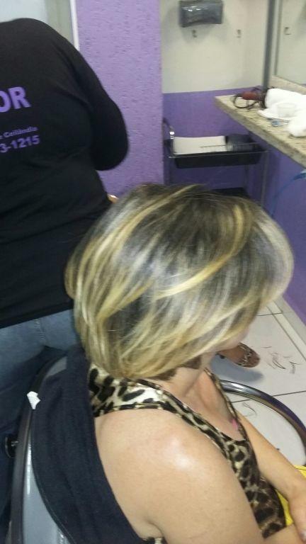 estudante (cabeleireiro) auxiliar administrativo designer de sobrancelhas