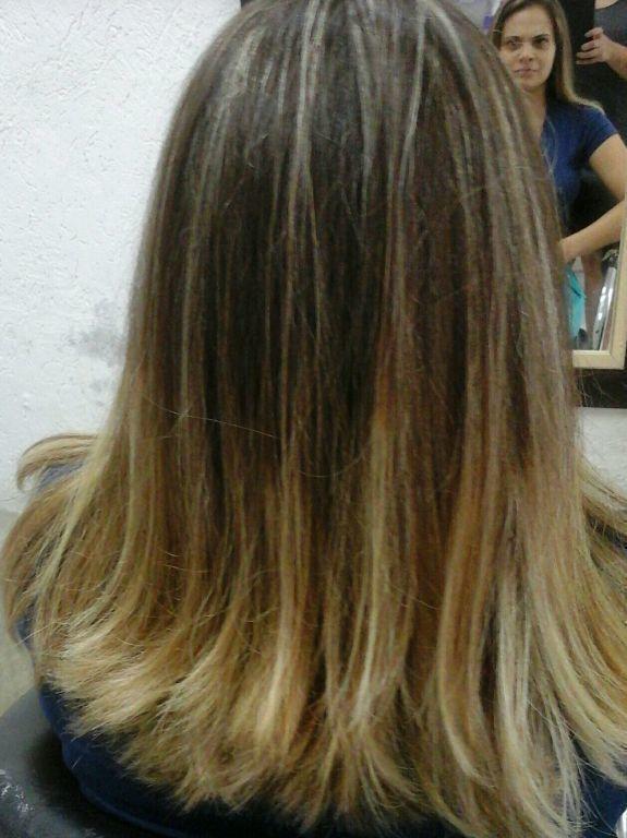Mechas ombré mel cabelo cabeleireiro(a) maquiador(a) cabeleireiro(a)