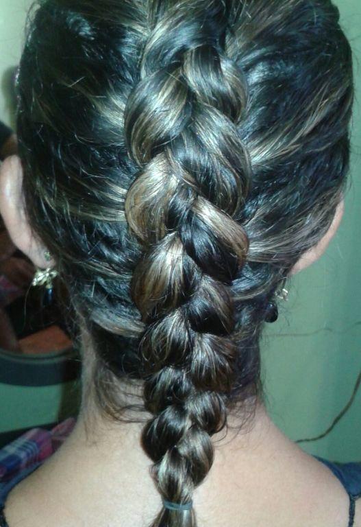 escovista estudante (cabeleireiro)