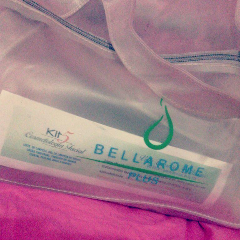 Tratamento facial com a Bellarome . estética esteticista