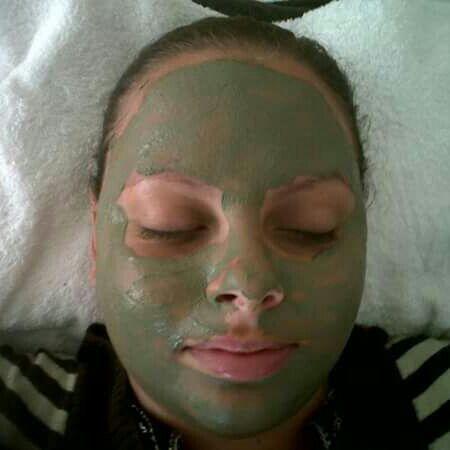 Drenagem facial + argiloterapia. estética massoterapeuta esteticista