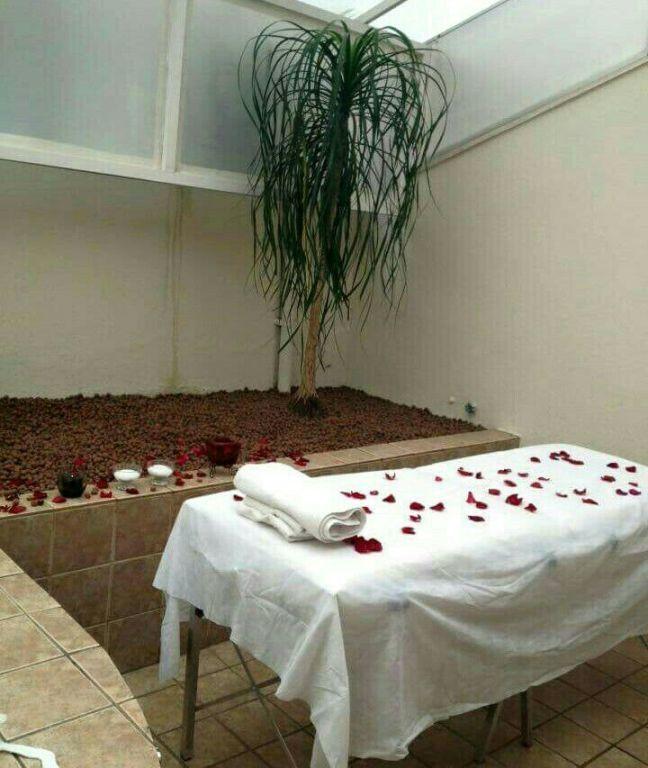 Preparação massagem relaxante e Day Spa - Dia da Noiva estética esteticista consultor(a) cosmetólogo(a) depilador(a) empresário(a) / dono de negócio massoterapeuta designer de sobrancelhas