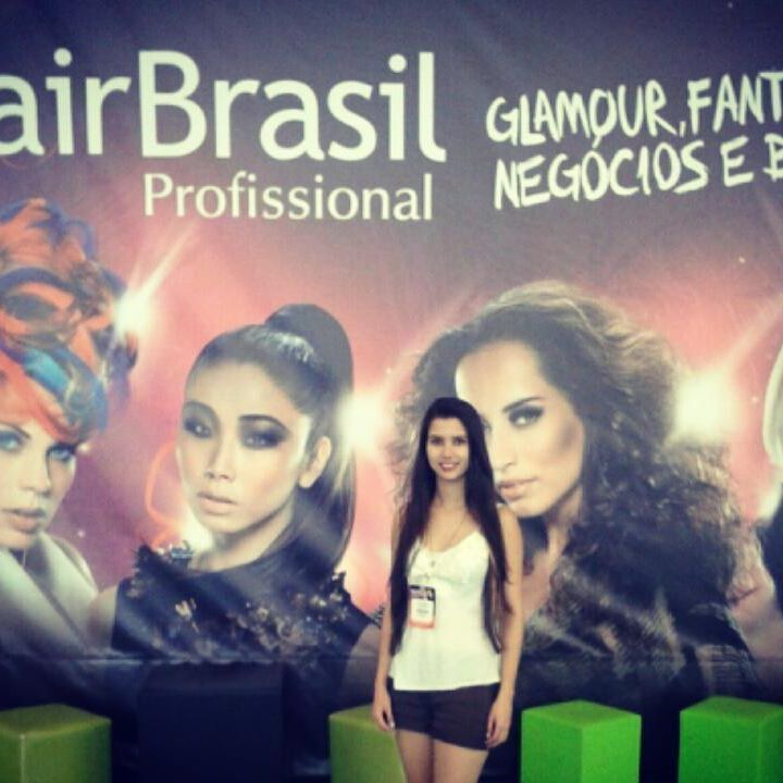 Hair Brasil 2016 esteticista recepcionista designer de sobrancelhas maquiador(a)