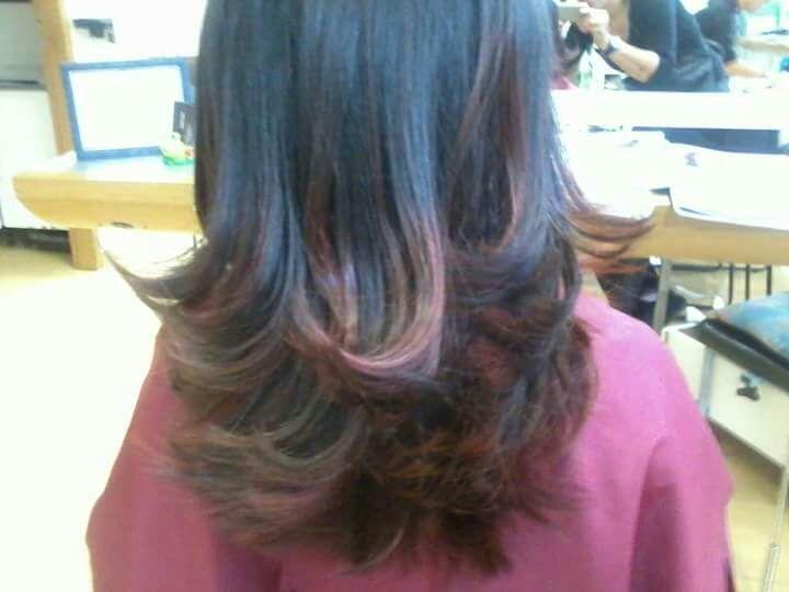 Corte em camadas nas pontas!ombrê hair, no tom avermelhado. cabelo cabeleireiro(a) maquiador(a)