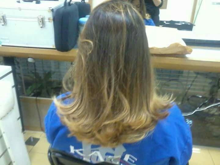 Corte em camadas nas pontas!Reflexo efeito Californianas ! cabelo cabeleireiro(a) maquiador(a)