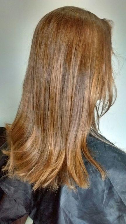 Correção de cor! cabelo cabeleireiro(a) designer de sobrancelhas maquiador(a)