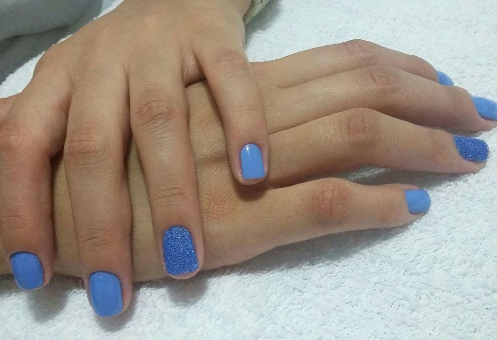 unha manicure e pedicure esteticista maquiador(a)