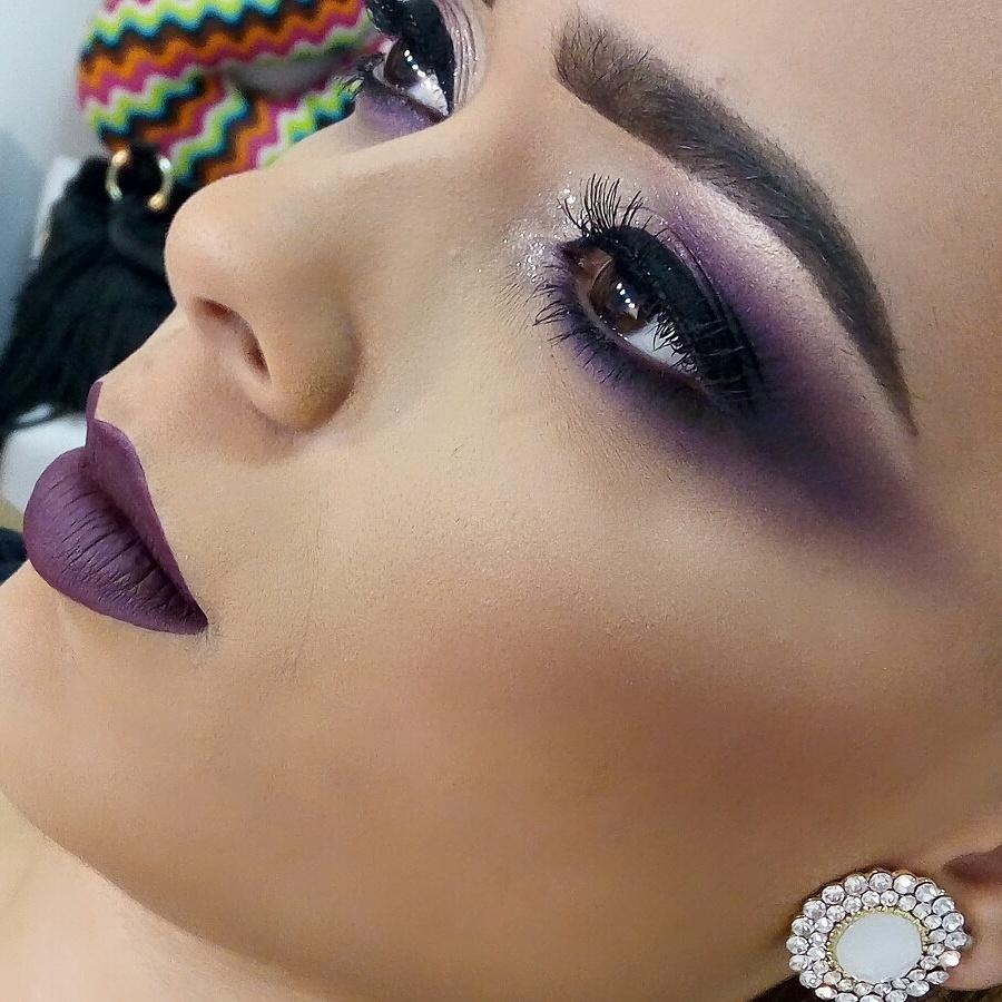 Maquiagem realizada em curso PRO ministrado por mim  maquiagem maquiador(a) designer de sobrancelhas