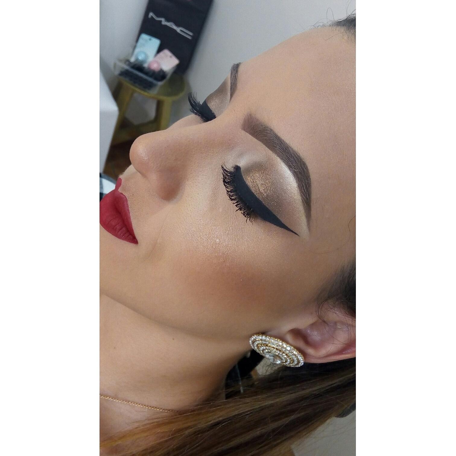 Maquiagem realizada em curso PRO ministrado por mim 💄  maquiagem maquiador(a) designer de sobrancelhas