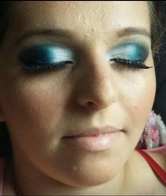 maquiador(a) esteticista recepcionista