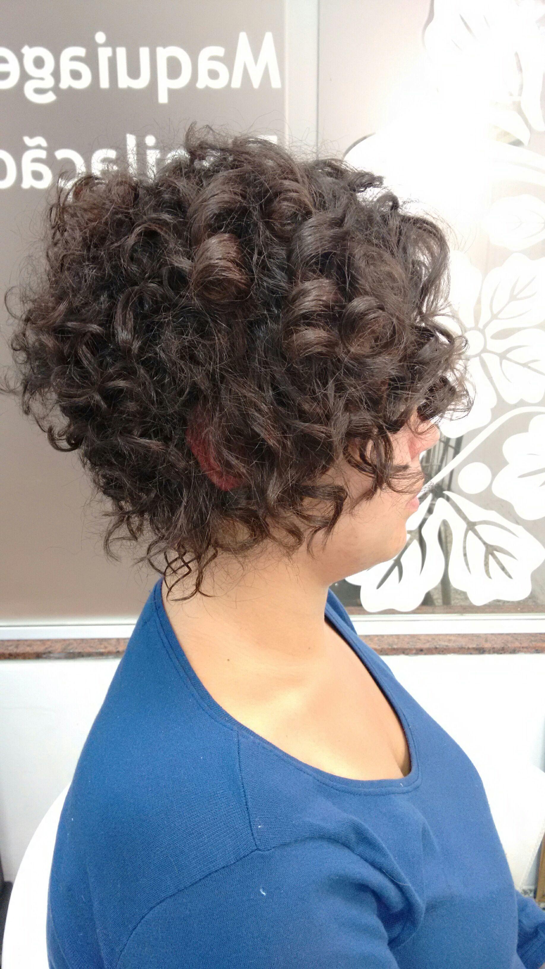 Corte short bob para cacheadas. cabelo cabeleireiro(a)